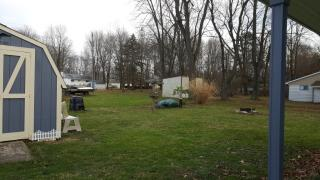 10608 N Maple Dr, Linesville, PA 16424