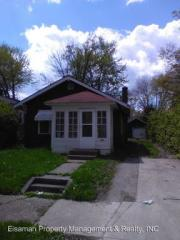 4002 Bowser Ave, Fort Wayne, IN 46806