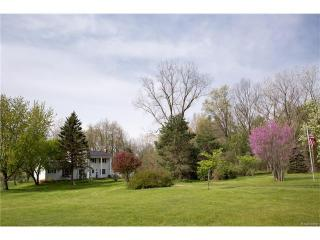 11326 McCabe Road, Brighton MI