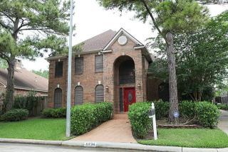 11734 Wickhollow Ln, Houston, TX 77043