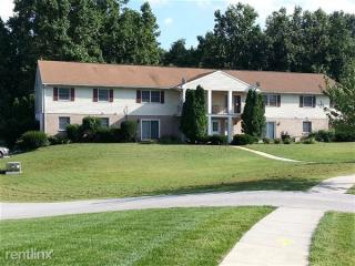 1035 Peggy Dr, Hummelstown, PA 17036
