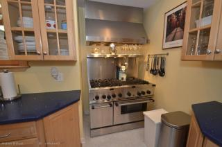 279 Pond St, Boston, MA 02130