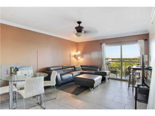 2740 SW 28th Ter #703, Miami, FL 33133
