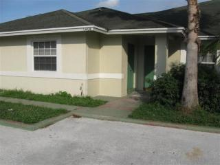 1406 White Pine Dr, Wellington, FL 33414