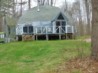 32 Pond Road, Derry NH