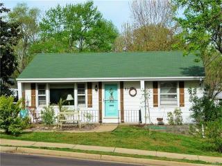 821 Edgar Road, Saint Louis MO