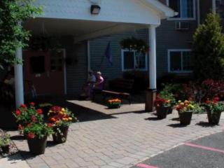 67 Boniface Dr, Pine Bush, NY 12566