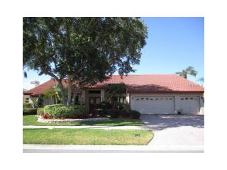 9816 Bay Island Drive, Tampa FL
