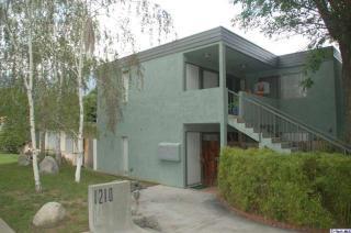 1210 N Altadena Dr, Pasadena, CA 91107