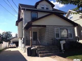 62 Peterson Pl, Lynbrook, NY 11563