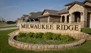 Milwaukee Ridge by Betenbough Homes