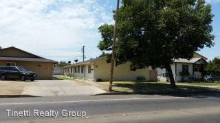 926 928 930 W 13th St, Merced, CA 95341