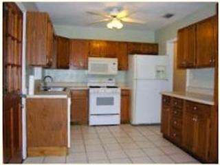 1014 NW 11th Ave, Gainesville, FL 32601