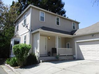 33 Peach Court, Santa Rosa CA