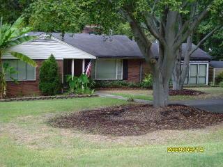 5701 Closeburn Rd, Charlotte, NC 28210