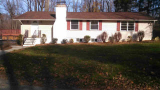 5 Oneil Farm Ln #1, Wappingers Falls, NY 12590