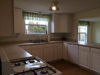 179 River Rd, Saint George, ME 04860