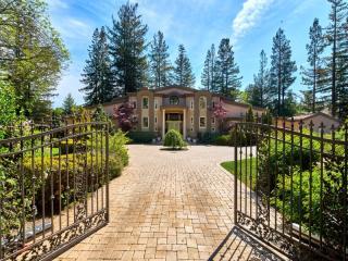 24388 Amigos Court, Los Altos Hills CA