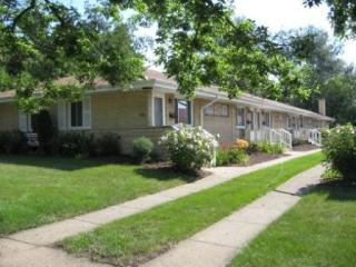 5009 Florence Ave, Downers Grove, IL 60515