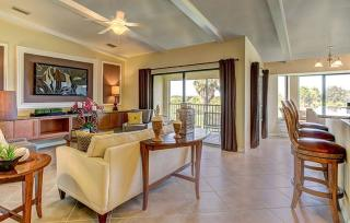 Bonita National : Veranda Condominiums by Lennar