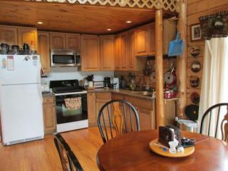 60 Johnson Ln, Colebrook, NH 03576