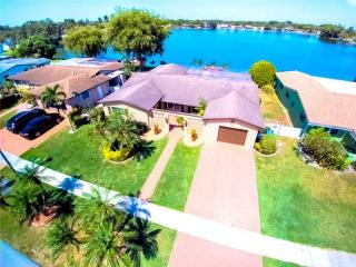 2040 Northwest 82nd Terrace, Pembroke Pines FL