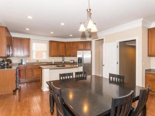 2556 Woodley St, Carmel, IN 46032