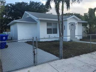 12 NW 52nd St, Miami, FL 33127