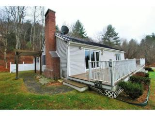 105 Westview Heights Dr, Stowe, VT 05672