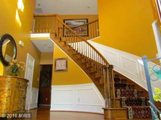 8603 Woodwren Ter, Fairfax Station, VA 22039