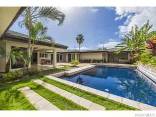 623 Honua St, Honolulu, HI 96816
