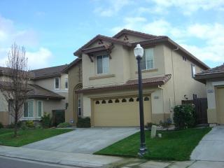 3356 Colchester Ave, Sacramento, CA 95834