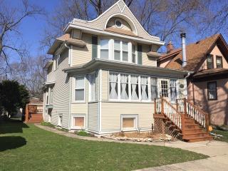 1167 Clinton Avenue, Oak Park IL