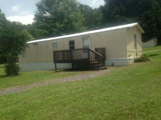 1546 River Rd #A, Chatsworth, GA 30705