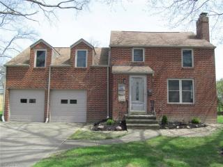 7301 Craigmere Drive, Middleburg Heights OH