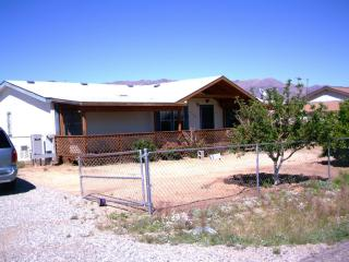 26480 S Grandview Dr W, Congress, AZ 85332