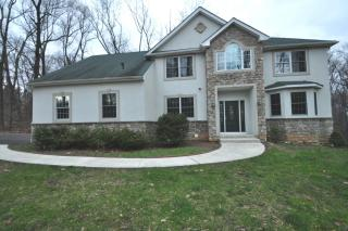 3073 Flint Hill Rd, Hellertown, PA 18055
