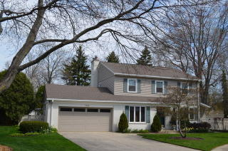 108 Hollywood Court, Wilmette IL