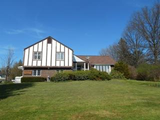 14 Windemere Road, Harpersfield NY