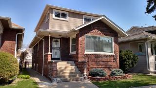 5840 West Berenice Avenue, Chicago IL
