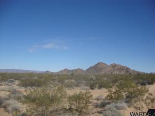 1001-A Via Linda Drive, Yucca AZ
