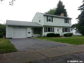 38 Edgebrook Ln, Rochester, NY 14617