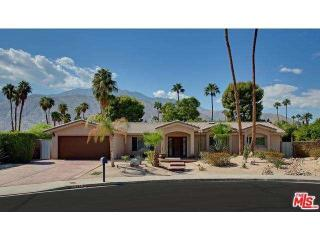 947 North Cibola Circle, Palm Springs CA