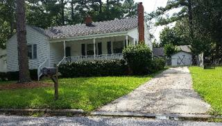 1609 Longwood Dr, Greenville, NC 27858