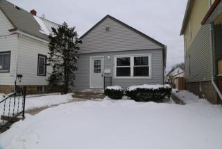928 S 74th St, Milwaukee, WI 53214