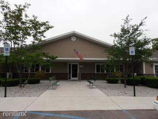 280 Ferry Ln, Saint Ignace, MI 49781
