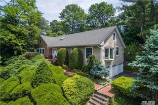 2 Halyard Court, Cold Spring Harbor NY