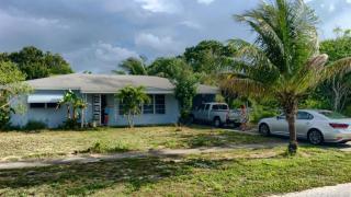 548 Cypress Drive, Lake Park FL