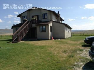 936 Little Joe Ln, Hamilton, MT 59840