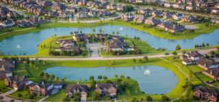 Lakes Of Savannah : Brookstone Collection by Lennar